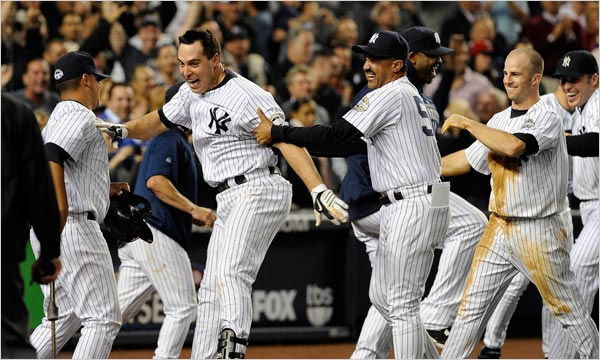 The Yankees capped a comeback to beat the Twins Friday, 4-3
