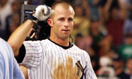 Brett Gardner can run, but must improve on offense