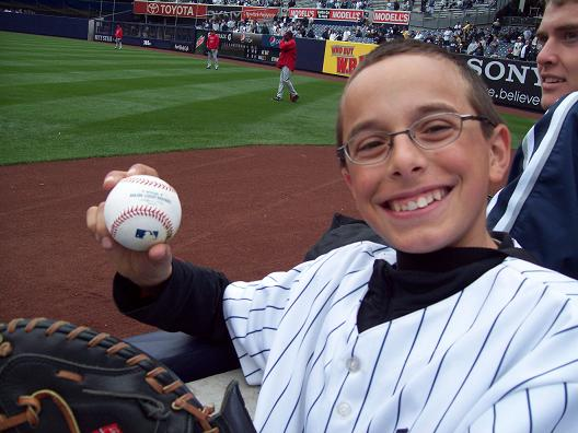 Tommy caught a foul ball during BP!